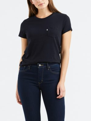 Modell i Levis The perfect crew caviar xx front