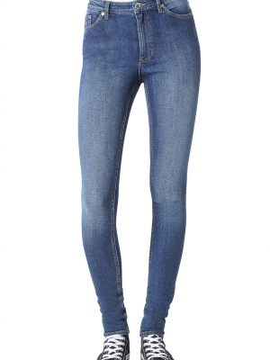 Modell i ett par Cheap Monday High Skin Blue blue
