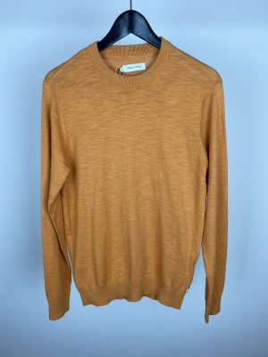 Casual Friday Pullover - Yam